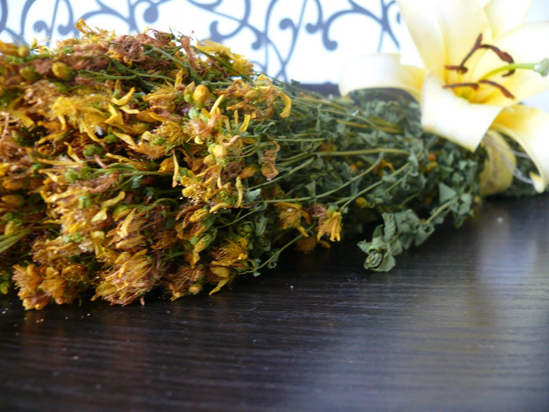 SALE! St John's Wort dried herb, yellow flowers, yellow dried flowers,  botanic herbal medicine, herbal medicine,kitchen decor,country house