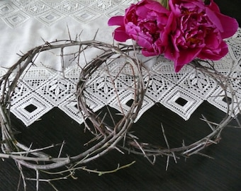 Crown of thorns, wreath of blackthorn branches, Jesus Christ crown, magic wreath, home guarded, blackthorn.