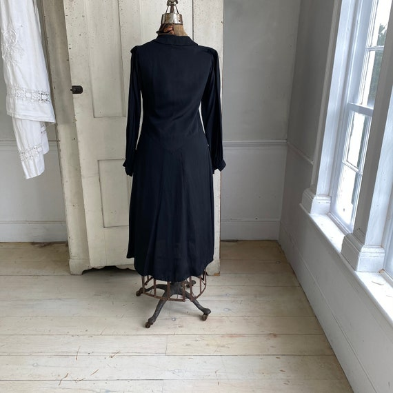 Black rayon dress 1930's 1940's fashion French dr… - image 9