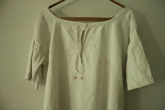 White French linen nightgown circa 1890 white shif