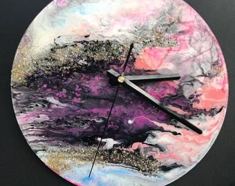 Acrylic flow art clock