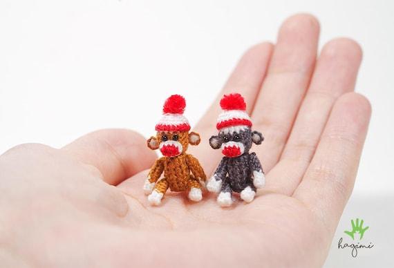 Winzige Sock Monkey Miniatur-Affe Micro-Häkelarbeit-Affe | Etsy