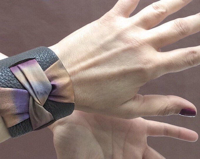 Cuff bracelet in brown leather and hand-painted silk. Great gift for women and girls