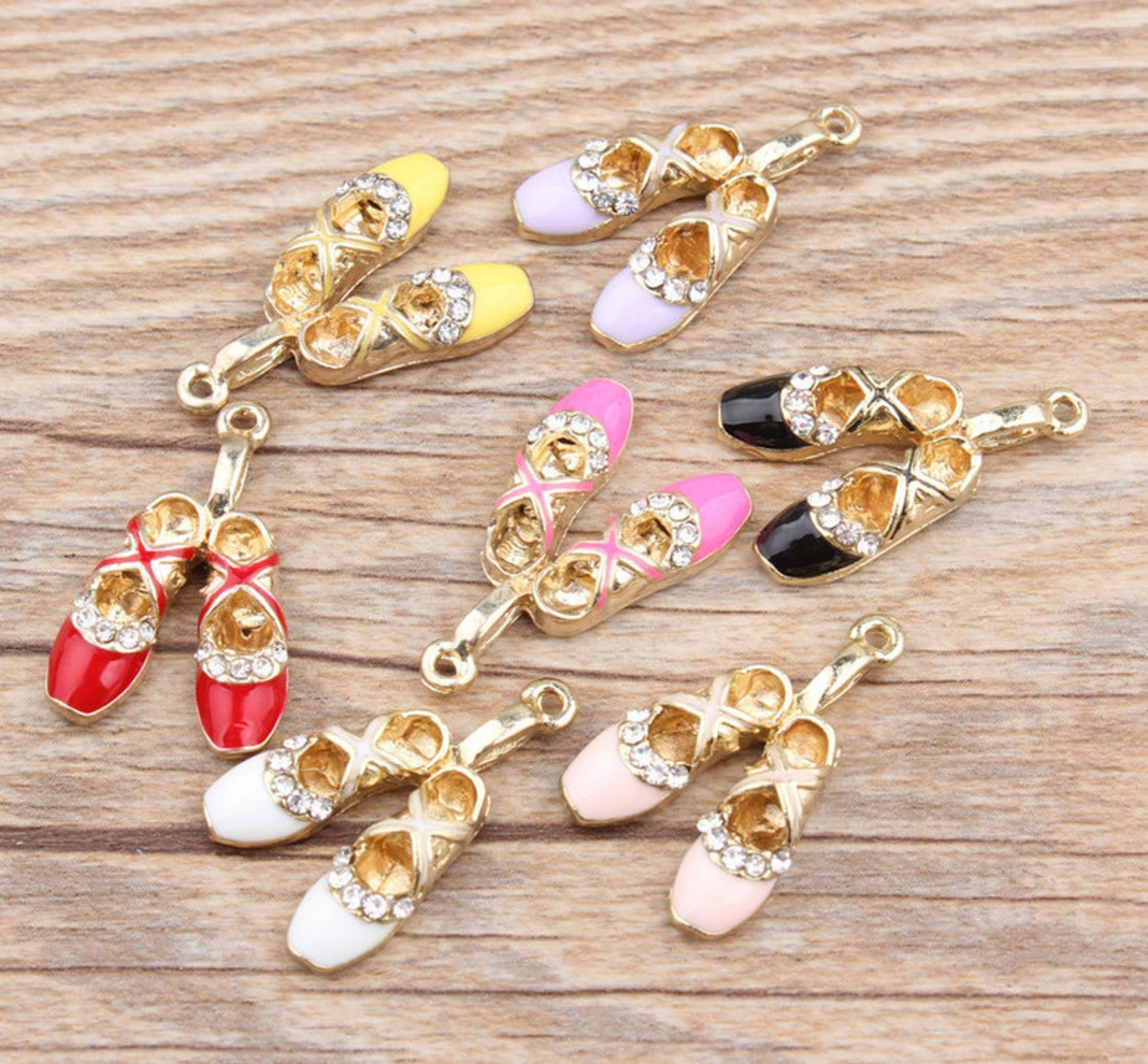 ballet shoe charms, 10pcs, 17*27mm, enamel charms, bracelet charms ,shoes charm, ballerina charm, dance charm, black, white, yel