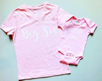 Big sister little sister shirts, sister matching t-shirts, sisters matching outfits, big sis little sis T-shirts, pink matching sister shirt