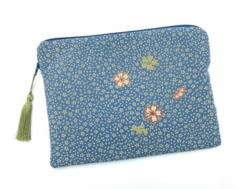 Zipper pouch in Japanese fabric for tablet, Ipad sleeve in kimono silk