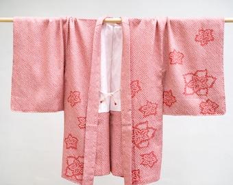 Japanese kimono jacket, haori made in Japan, tea pink color shibori silk with flowers pattern, very kawaii