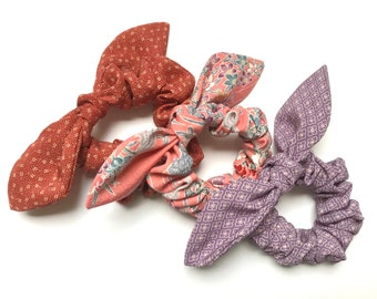 Set of 3 hair scrunchies with knotted bow made in Japanese kimono silk
