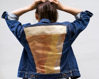 Denim jacket customized with silk from obi, kimono belt in silk and gold foil threads, Japanese fabric on a vintage Levi's