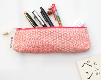 Pencil case, zipper pouch, Japanese fabric, stationery, kimono silk, coral pink traditional pattern and fuchsia pink zip