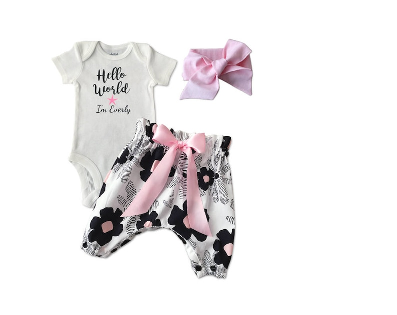 Hello World Girl Set Baby Girl Newborn Outfit Girl Hospital Take Home Set| Hello World Baby Gift Set Newborn Girl Home Coming Outfit