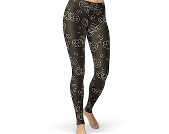 Doodle Pretzel Leggings, women yoga pants, yoga leggings, yoga pants, food leggings, fitness leggings, pretzel print, pretzel pants