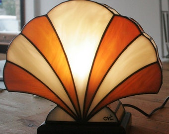 "Tiffany lamp, art deco lamp, Tiffany stained glass, ""Amber shell"" posing lamp"