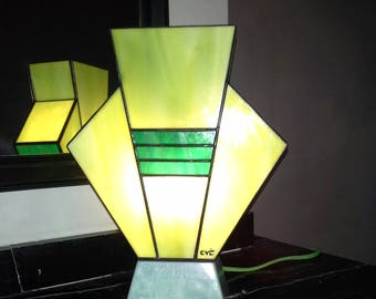"Tiffany lamp, Art Deco stained glass Tiffany lamp, table ""Simplissime lime mint"" lamp"