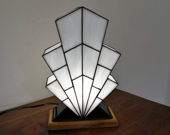 "Tiffany Lamp, Art Deco Lamp, Tiffany stained glass, ""1921 TS"" lay lamp"