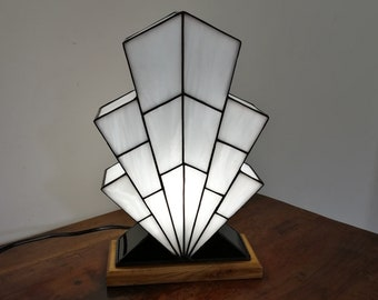 "Tiffany Art Deco Lamp ""1921 TS"""