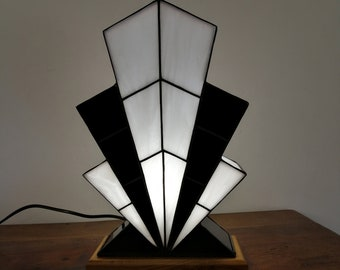 "Tiffany Lamp, Art Deco Lamp, Tiffany stained glass, ""1921 TS NB"""