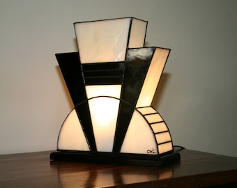 "Tiffany lamp, Tiffany Art Deco lamp, Tiffany stained glass, ""black and white"" posing lamp"