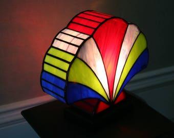 """Tiffany """"Shell 2"""" Art Deco Lamp"""