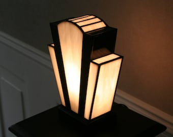 "Tiffany Art Deco Glass Lamp, ""White Nude"""