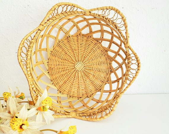 Vintage Tan Floral Shaped Wicker Basket