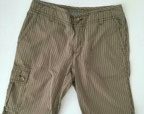 Vintage Brown Pin Striped Bermuda shorts