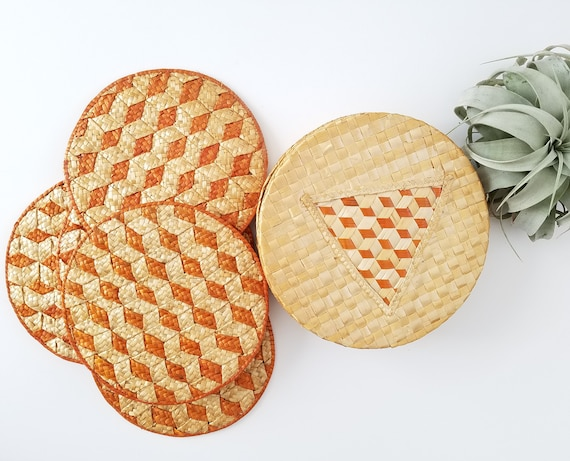 Vintage Straw Set of 6 Orange and Tan Trivets/ Wall Hangings
