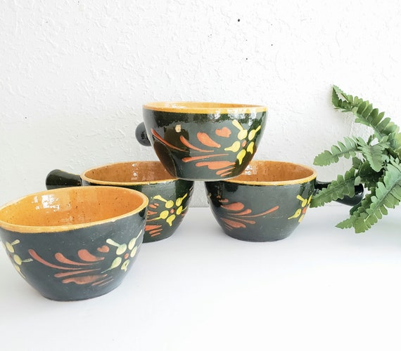 Vintage Set of 4 Ceramic Soup Bowls