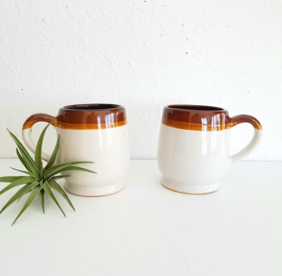 Vintage Set of 2 Retro Mugs with Brown/Orange Rim