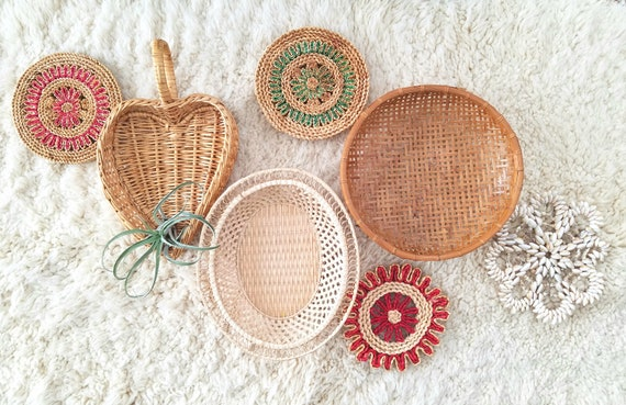 Set of 7 Colorful Basket/Trivet Set
