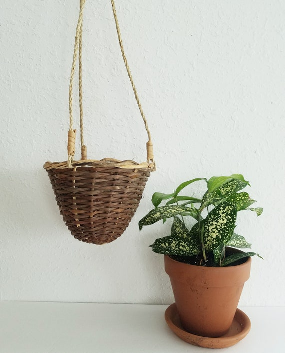 Coned Shaped Woven Wicker Plant Hanger