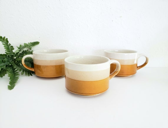 Vintage Retro Tri Colored Large Coffee Mugs