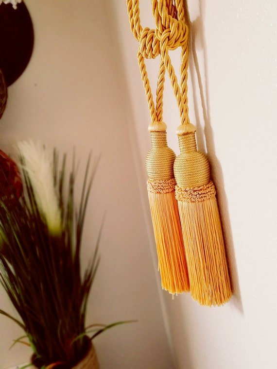 Vintage Satin Yellow Tassel Set