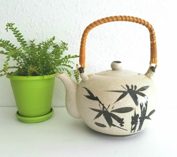 Vintage Ceramic Asian Teapot