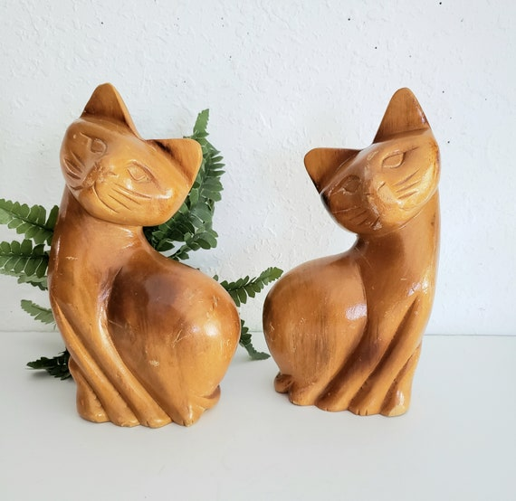 Vintage Set of 2 Wood Twin Cats