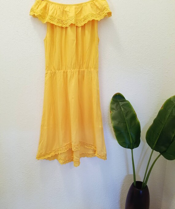 Summer Yellow Ruffled  Off the Shoulders Vintage Dress