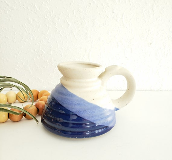 Vintage Blue and Cream Bottom Belly Mug