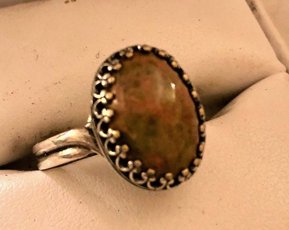 Unakite adjustable ring encased in a Silver-Plated Crown Bezel Setting