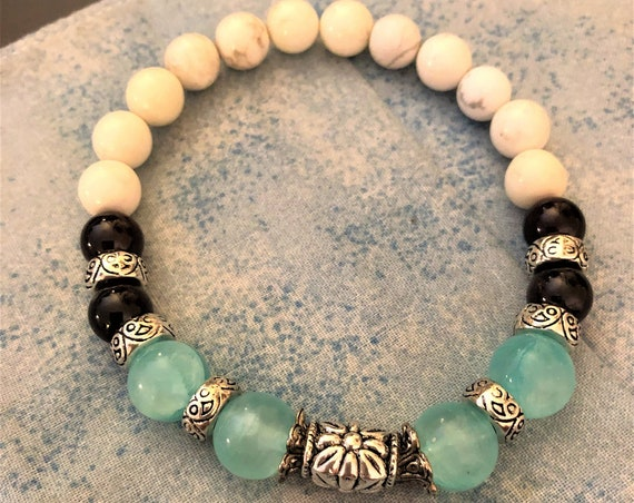 Blue Icy Jade Beaded Bracelet with Garnet Beads and Howlite Beads