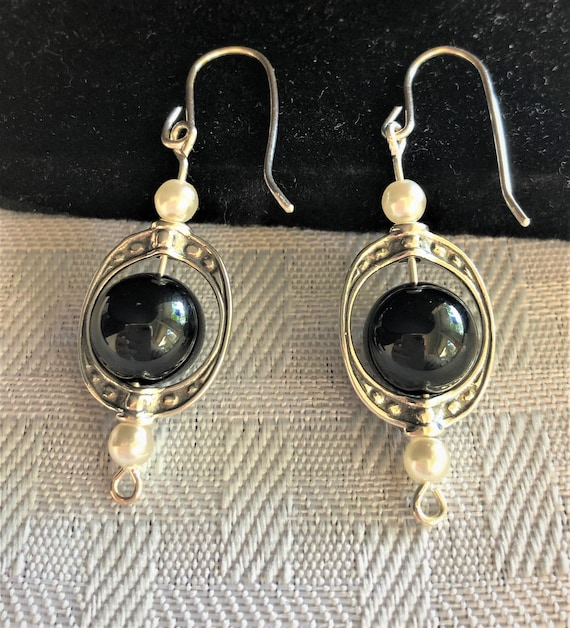 Black Onyx Earrings in Sterling Silver Frame, Sterling Silver Wire and Czech Glass Beads.