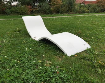 Lounge lounger sun lounger made of concrete