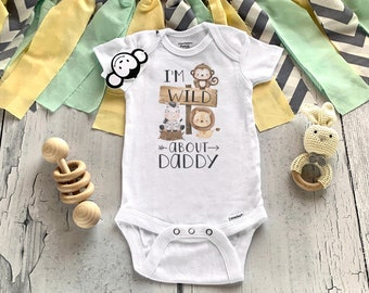 Daddy Onesie®, Daddy Loves Me Onesie®, Baby Shower Gift, Father's Day Onesie®, Daddy Baby Outfit, New Dad Gift, Dad Baby Announcement