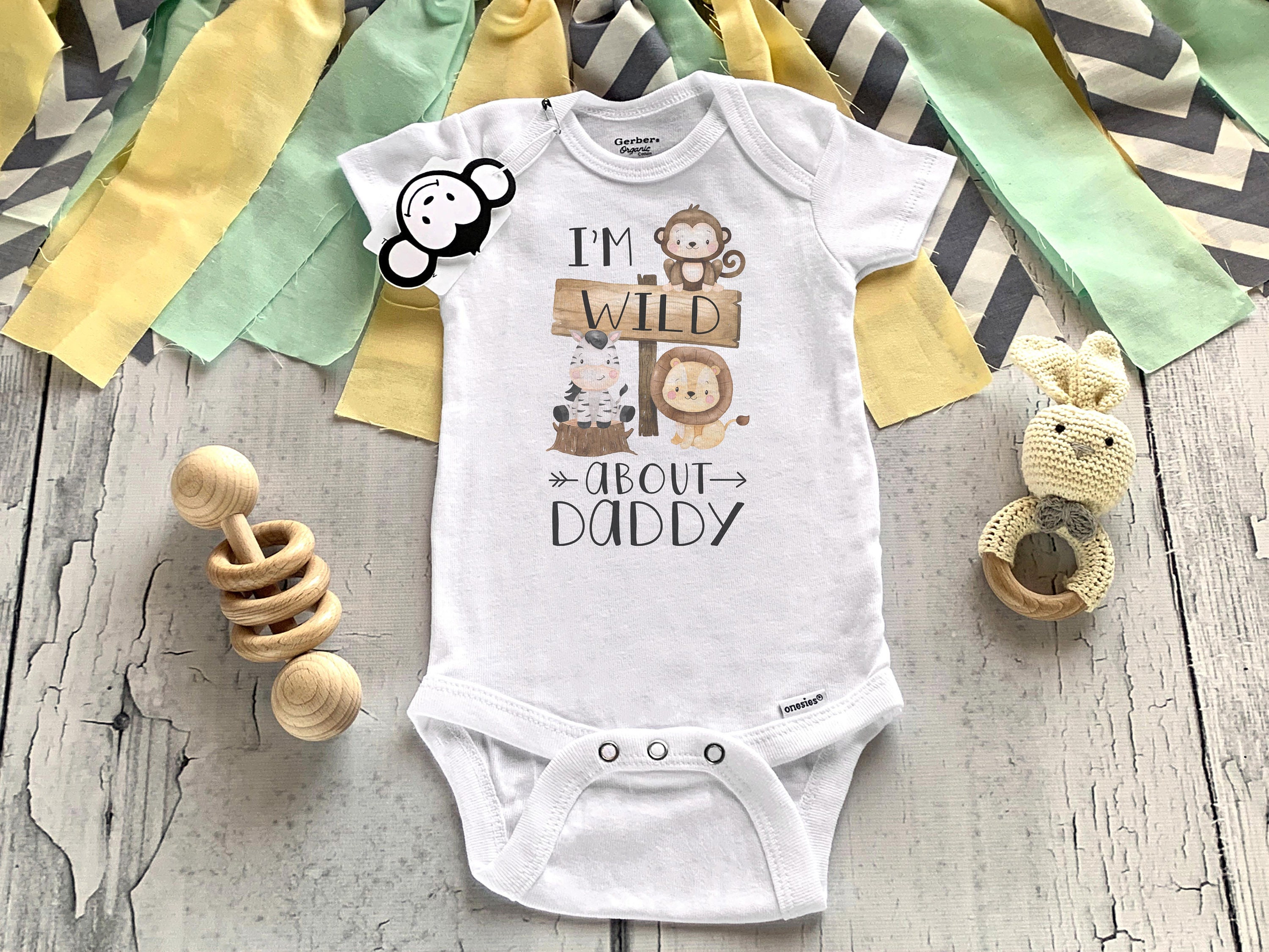 I Love Dad Gerber Onesie First Fathers Day First Father/'s Day I Love Dad Bodysuit 314 Father/'s Day Outfit Pregnancy Announcement