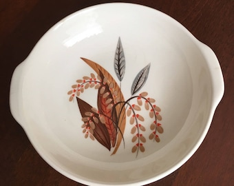 Vintage Universal Oven Proof Ballerina Lugged Bowl with Handles - Union Made in USA - Fall Leaves
