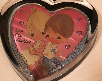 Precious Moments Paperweight - Love One Another - Heart Shaped