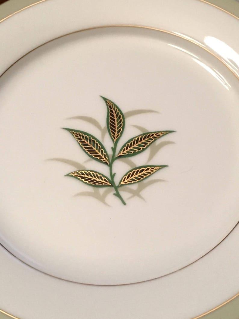Noritake 1953-1960 Green Leaves in Center Made in Japan Set of 7 Greenbay Salad Plates
