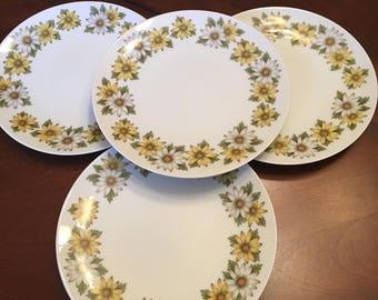 Noritake Marguerite Salad Plates (Set of 4) Yellow and White Daisies Retro