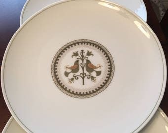 Noritake Hermitage Set of 4 Dinner Plates - Made in Japan - Birds and Flower - Green Pen Stripe Band