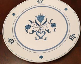 Noritake Blue Haven Progression Dinner Plate - Blue Flowers