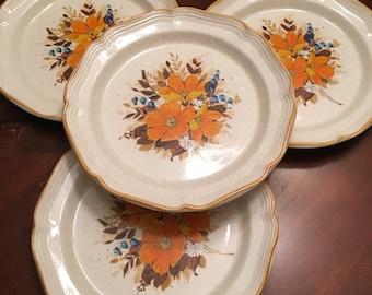 Mikasa Garden Club Flower Fest Dinner Plates (Set of 3) Stoneware Orange Flowers Retro Blue and White Flowers
